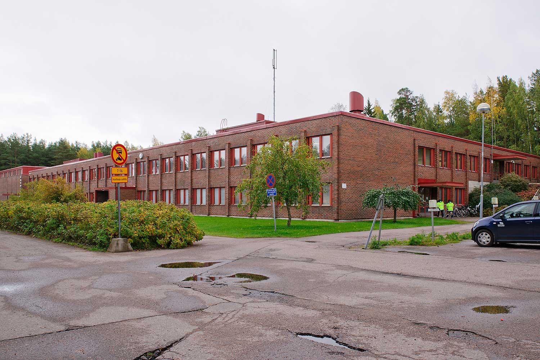 Savotta, päärakennus ja liikuntakeskus   Kotkan Julkiset